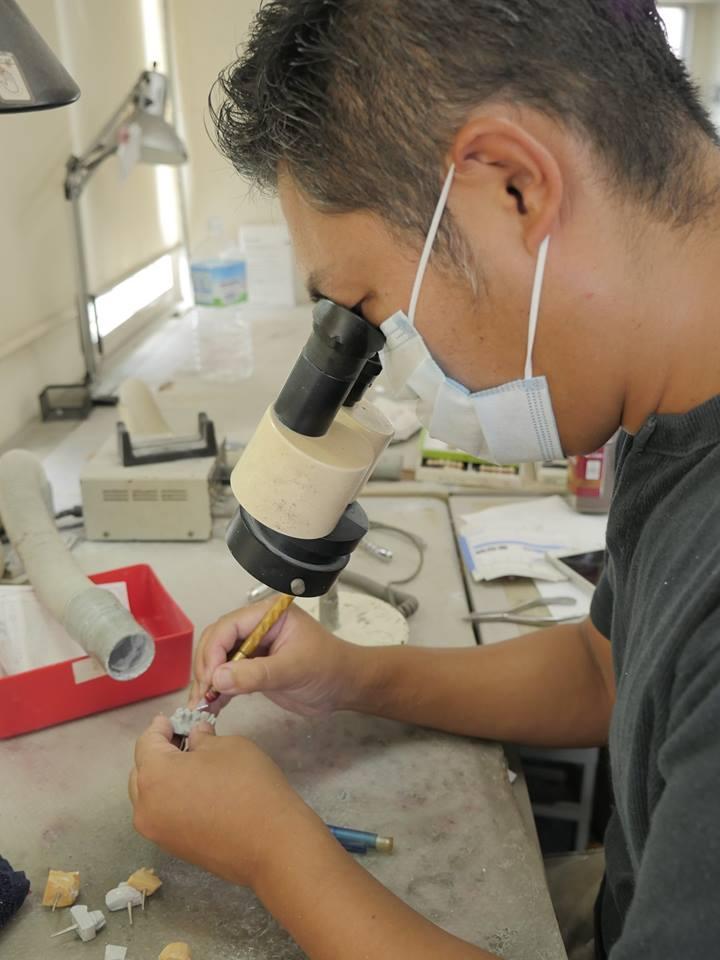 歯科技工の現場