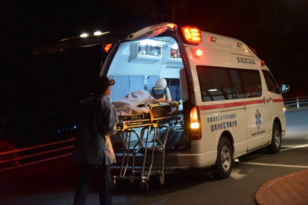 到着した救急車