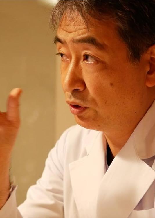 粒入り歯磨き粉使用のリスクについて語る植田晋矢先生