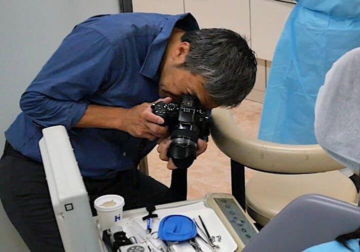 歯科治療の取材風景