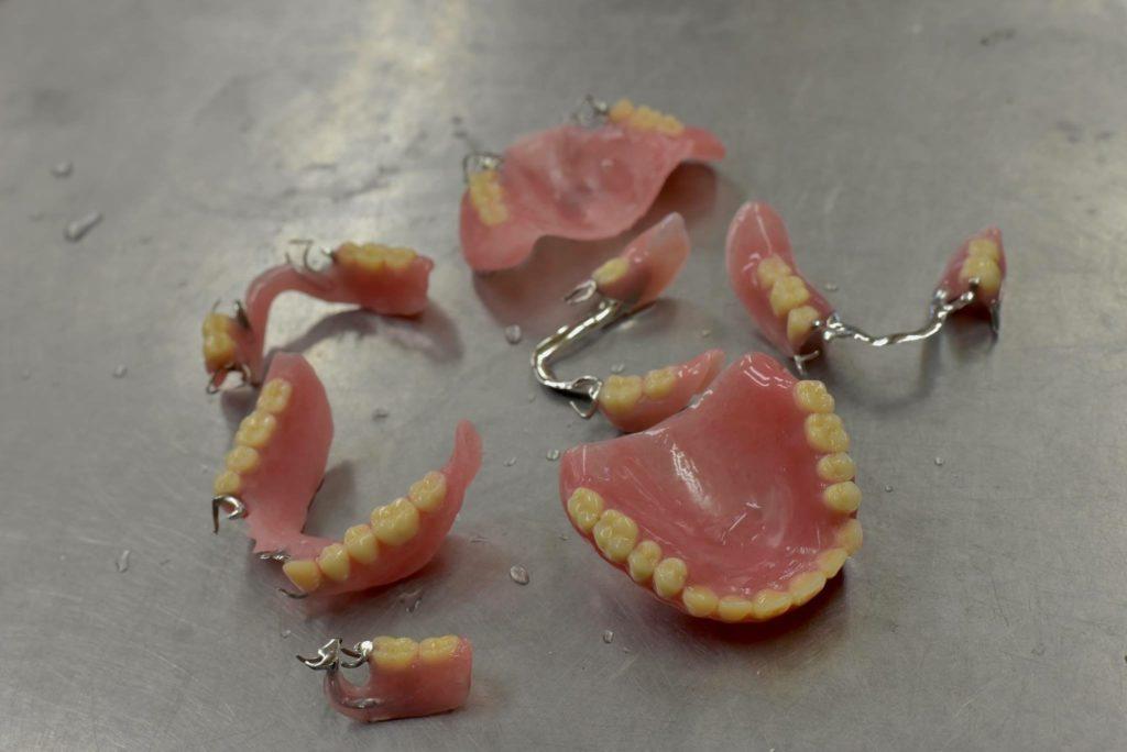 部分入れ歯や総義歯