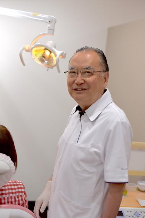 村岡秀明氏(むらおか歯科医院・千葉県市川市)(C)M.IWASAWA